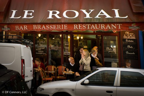 Affordable traditional French resto-café near Eiffel Tower